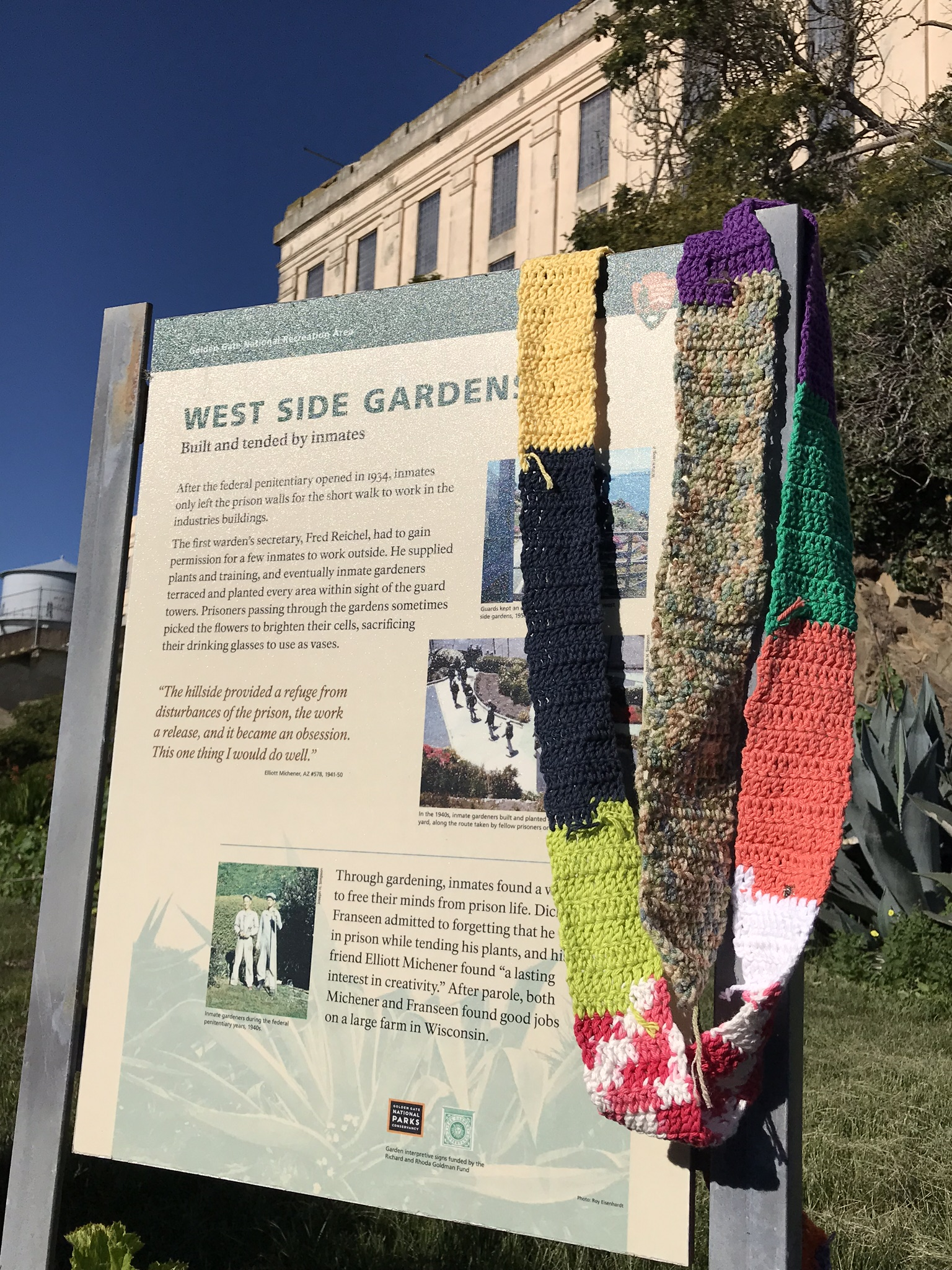 The Ugly Scarf at the West Side Gardens, Alcatraz