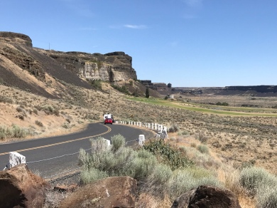 Approaching Sun Lakes-Dry Falls State Park