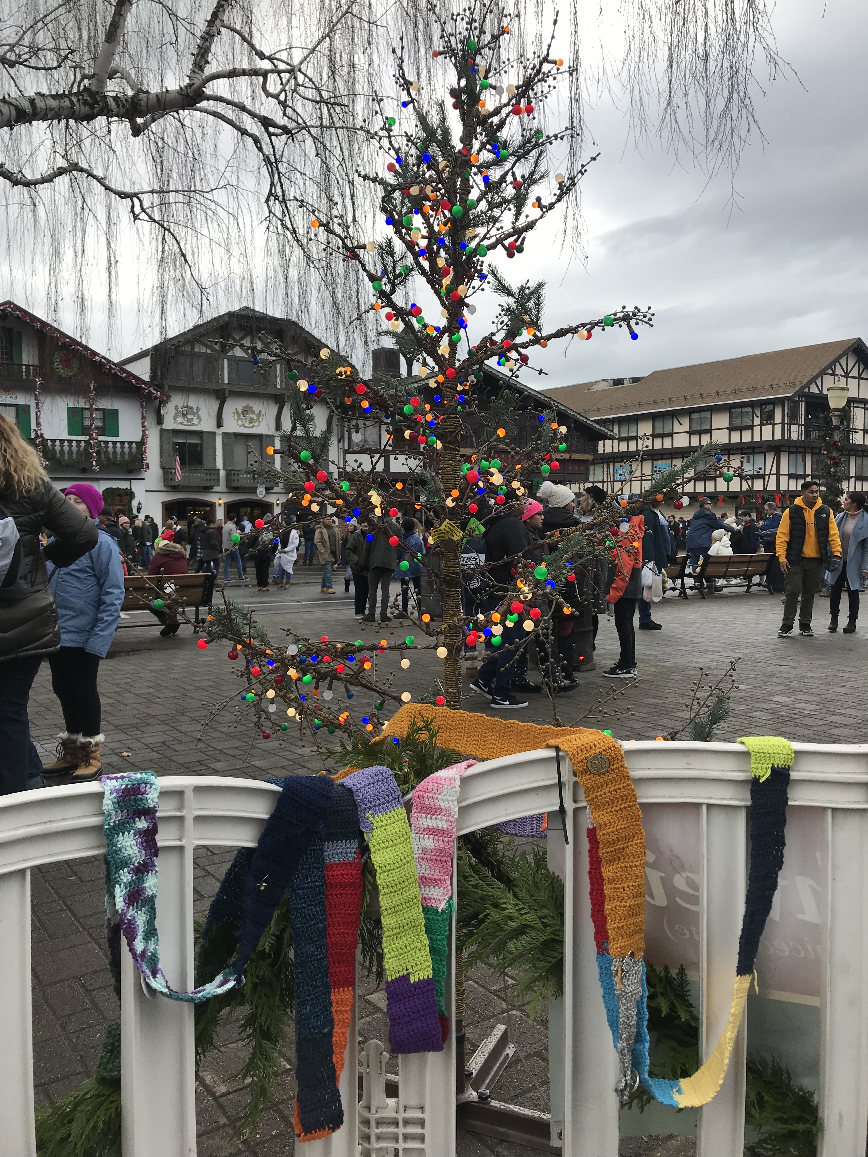 The Ugly Scarf visits Leavenworth, Washington