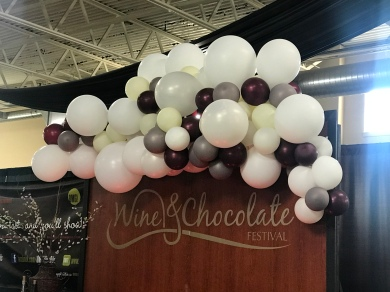 Wine grape balloons