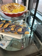 Dinerant pastries…